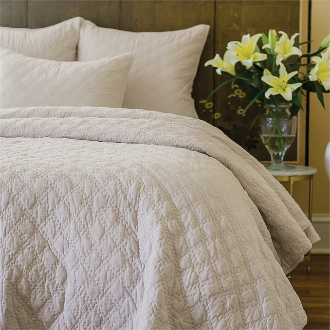 Sutton Natural Queen Quilt | Plum & Post