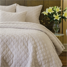 Sutton Natural King Quilt | Plum & Post