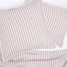 Bengal Stripe Dune Throw | Plum & Post